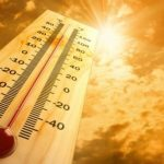 "Weekend weather: Summer begins with ""heat boom"""