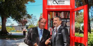 Phone booth transformed into mini-library in Faro