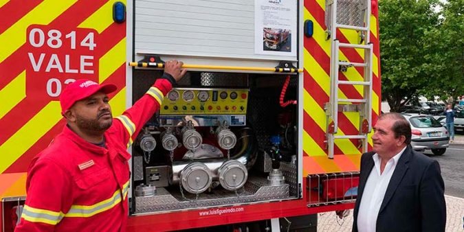 New state-of-the-art fire truck for Albufeira firefighters