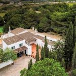 Portuguese poet's holiday home in Lagos for sale for €1.4 million