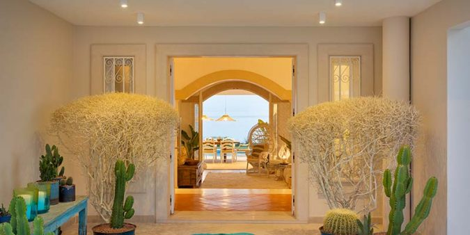 Luxurious beachside sanctuary 'Villa Hibiscus' joins Vila Vita Collection