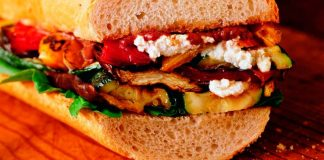 Goat's cheese Provençal sandwiches with roasted garlic paste