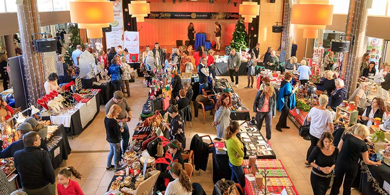 Vale do Lobo prepares for 10th Christmas market