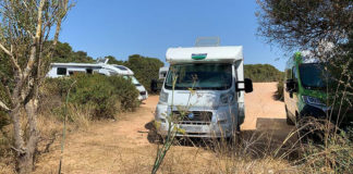 Algarve urges motorhomers to park up at official sites