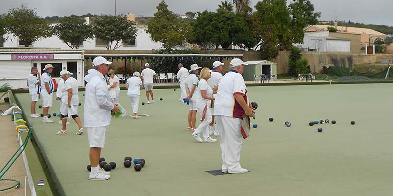 Still early days for Algarve bowlers