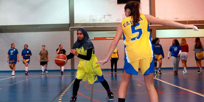 Basketball federation denies discrimination against Pakistani girl prevented from playing in Tavira