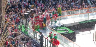 Santa kickstarts Christmas season at Forum Algarve