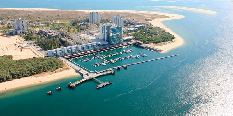 Embargo bid lodged by Pestana hotel group 'the only thing standing in way of Sado dredging'