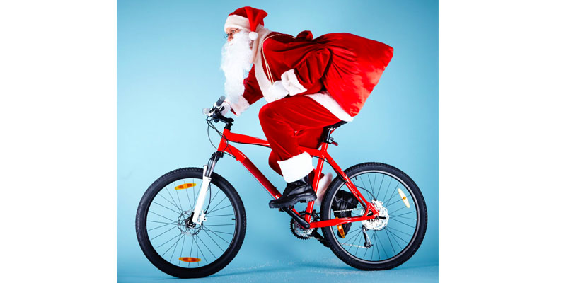 Santa Claus is coming to Faro… on a bicycle!