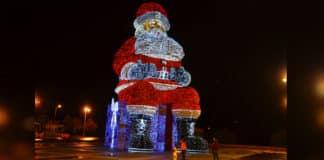 World's largest Santa on display in Águeda