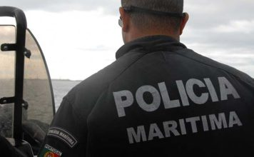 Fisherman raises alarm after eight young North Africans arrive by boat in Monte Gordo