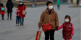 """Embassy warns Portuguese of """"heightened risks"""" of evacuation from China's coronavirus epicentre"""