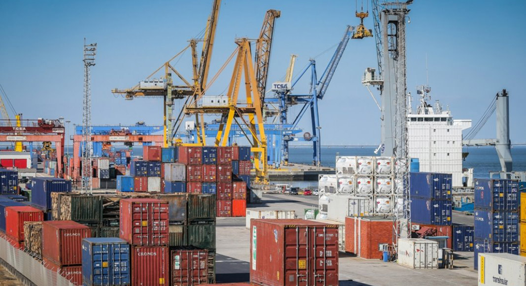 """Cooling of global economy """"threatens 30 billion euros worth of Portuguese exports"""""""
