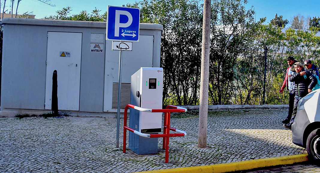 Monte Gordo welcomes first electric vehicle charging station
