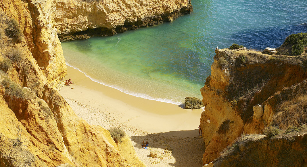 "Algarve tourism officials celebrate ""historic results"" in 2019"