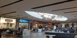 Forum Algarve food court give me 5 campaign
