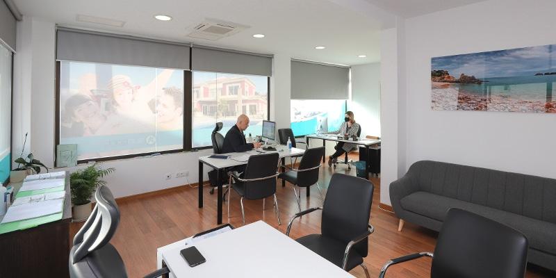 sunpoint properties office's interior