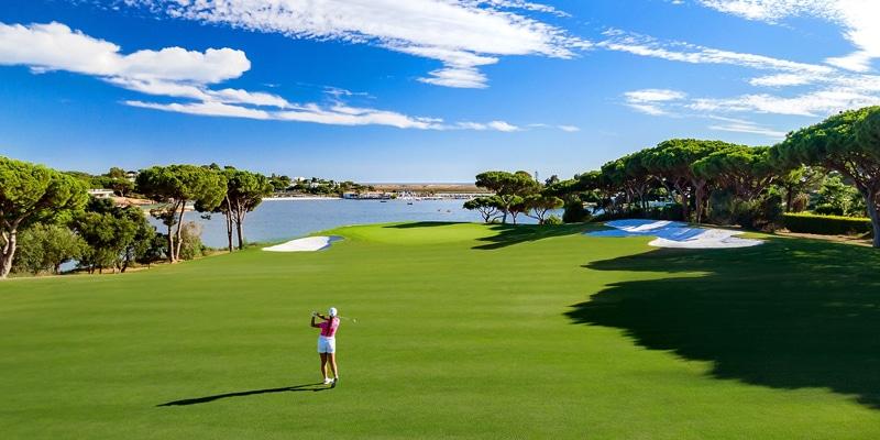 Quinta do Lago's South Course - 16th hole, a eco-friendly golf resort